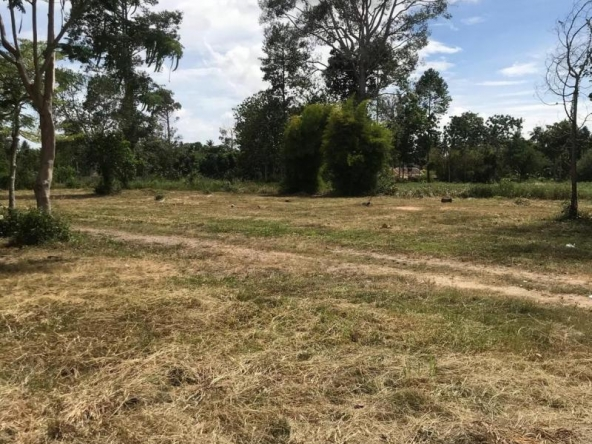 Beautiful Land For Sale, Town and Country Property Pattaya