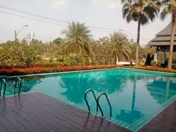 Studio For Sale Near The Beach, Town and Country Property Pattaya
