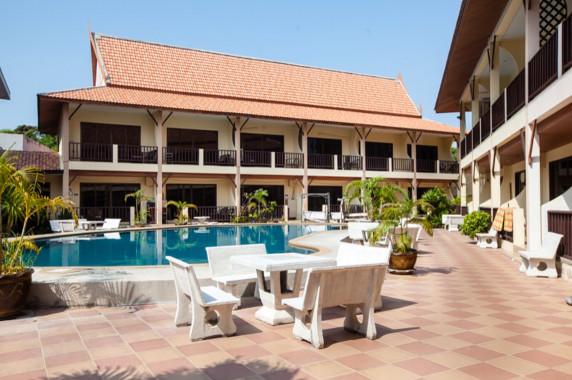 Regal Hope Villas 1 Pratamnak, Town Country Property Pattaya