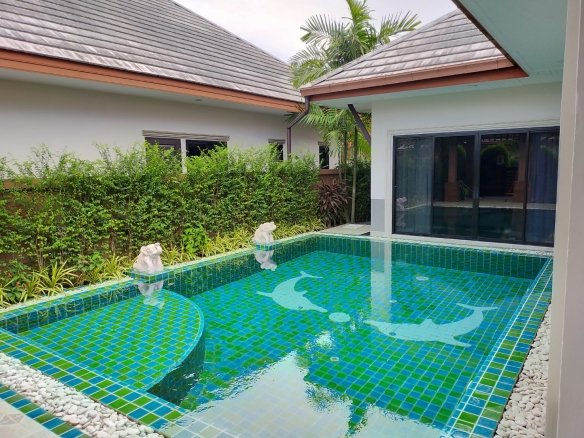 Executive Villa with pool for sale
