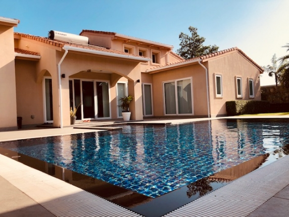 5 Bedroom House for Sale with Private Pool at Nong Pla Lai, East Pattaya