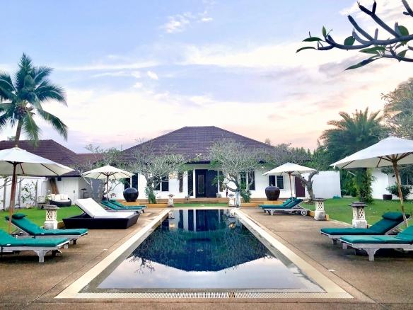 Pool Villa House for sale in Huay Yai