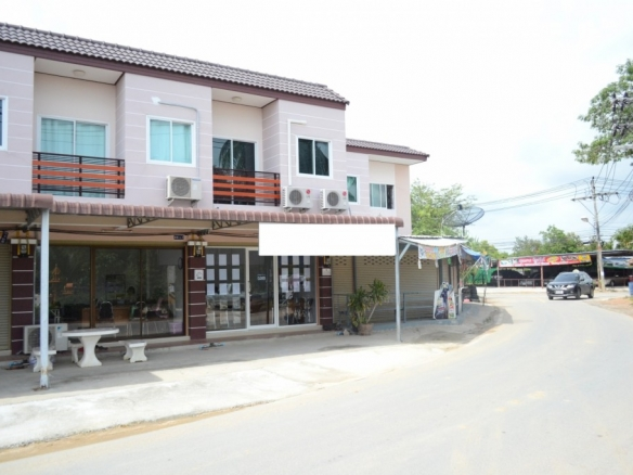 Nice modern 2 storey shophouse for sale in Huay Yai, Pattaya, Town Country Property Pattaya