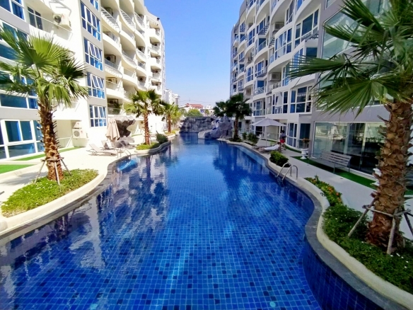2 Bedroom Condo For Rent At Grand Avenue, Town and Country Property Pattaya
