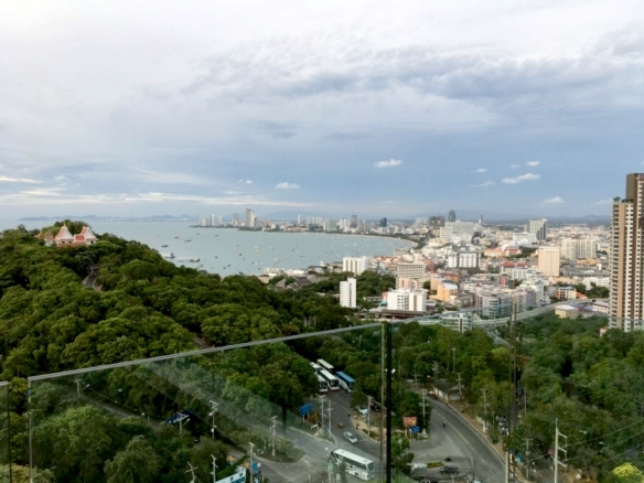 Nice condo on Pratumnak, Town and Country Property Pattaya