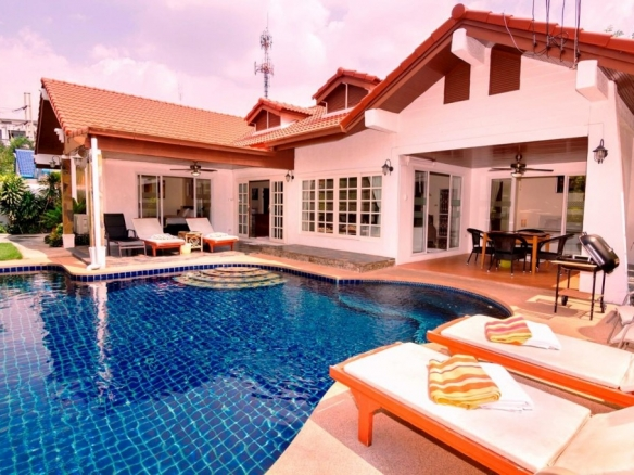 Private Pool Villa For Sale And Rent in Jomtien, Town Country Property Pattaya