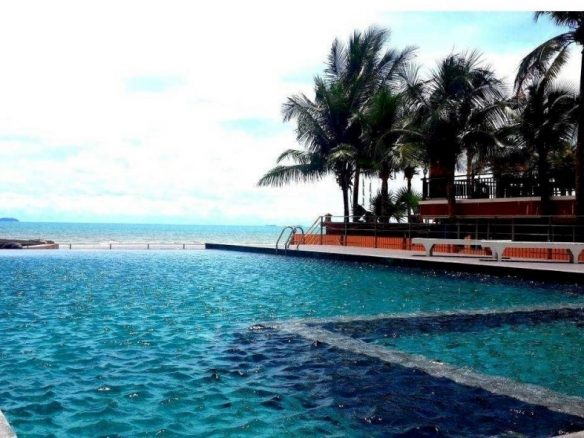 Studio For Rent In Beachfront Jomtien Residence, Town and Country Property Pattaya