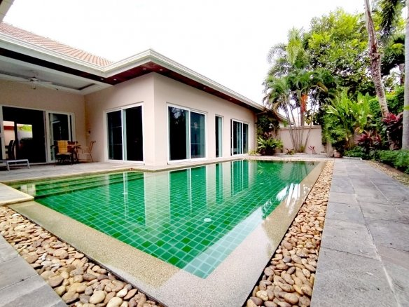 Great villa for rent in Marprachan Lake, Town and Country Property Pattaya