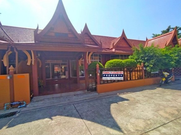 2 Bedroom House For Rent in Jomtien, Town Country Property Pattaya