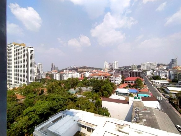 Condo for rent at 1 Tower Pratumnak, Town and Country Property Pattaya