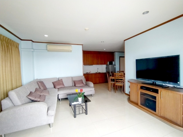 2 Bedrooms condo for rent Central Pattaya, Town and Country Property Pattaya