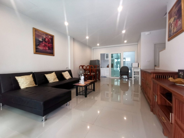 Town House for sale East Pattaya, Town and Country Property Pattaya