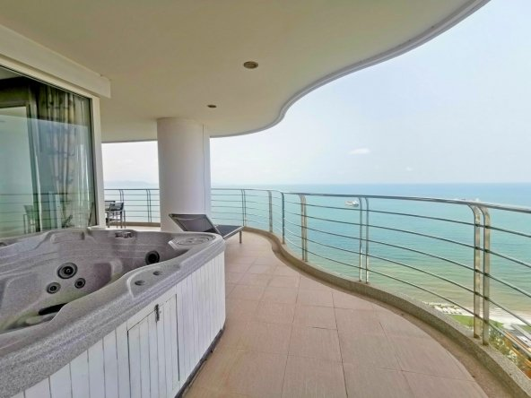 Sea View Condo For Sale at The Residence At Dream, Town Country Property Pattaya