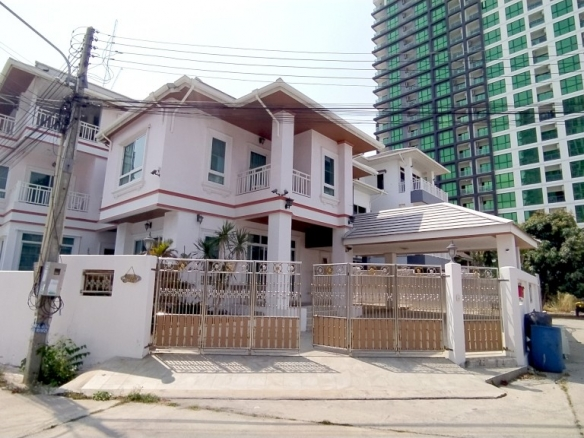 Pool Villa house for rent near Jomtien beach, Town Country Property Pattaya
