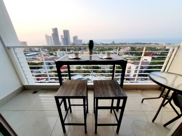 One bedroom beautiful sea view apartment in the AD Hyatt Wongamat, Town and Country Property Pattaya