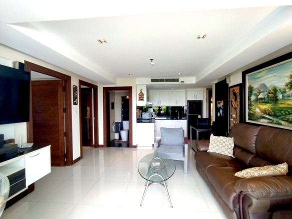 Good value 2 bedroom condo for sale and for rent, Town and Country Property Pattaya