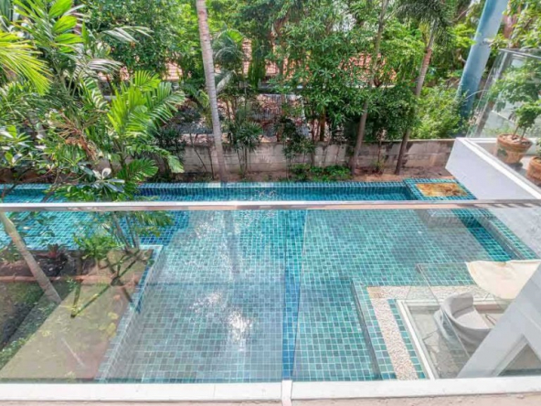 Pool View Condo For Sale on Pratumnak Hill, Town and Country Property Pattaya