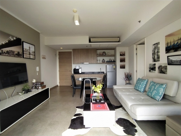 1Bedroom condo for rent Zire Wong Amat, Town and Country Property Pattaya