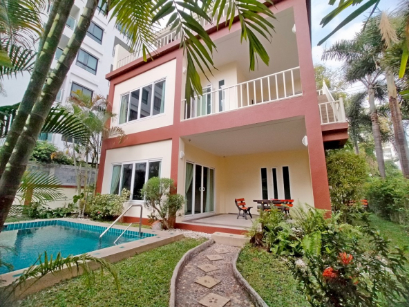 2 Bedroom House for Rent on Pratumnak Hill, Town and Country Property Pattaya